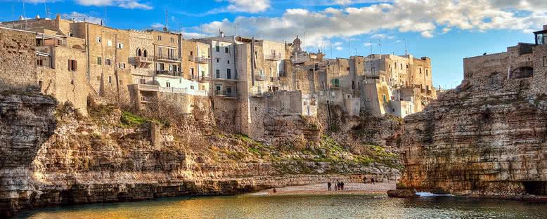 Polignano Şehir Manzarası - Puglia