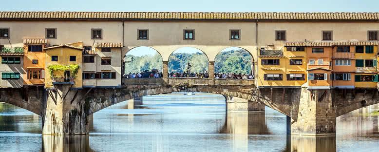 Ponte Vecchio ve Üzerindeki Yapılar - Floransa