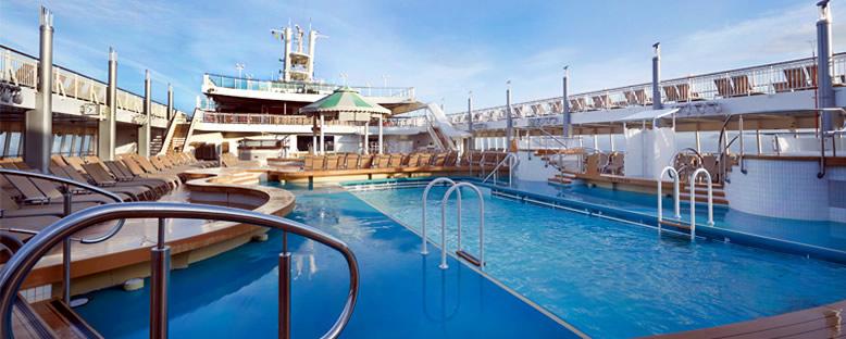 Pool Deck - Norwegian Jade
