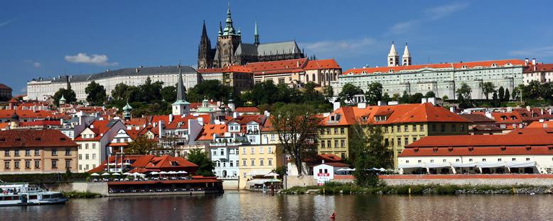 Prag Şatosu ve Kent Manzarası - Prag