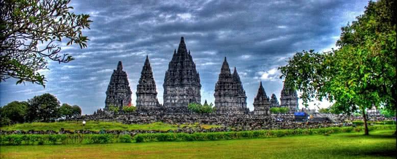 Prambanan Tapınağı - Yogyakarta