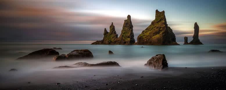 Reynisdrangar Kayalıkları - Reynisfjara