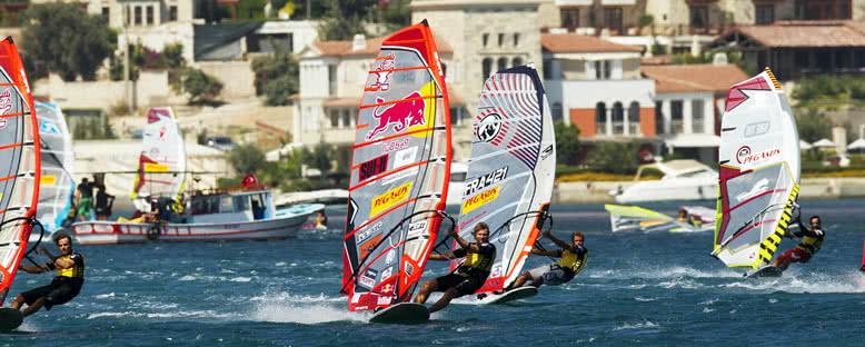Rüzgar Sörfü Yarışları - Alaçatı