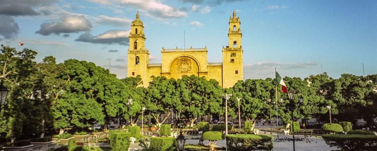 San Idelfonso Katedrali - Merida