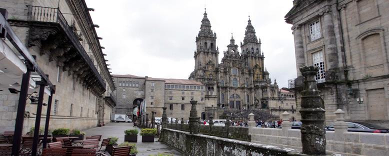 Kent Sokakları ve Katedral - Santiago de Compostela