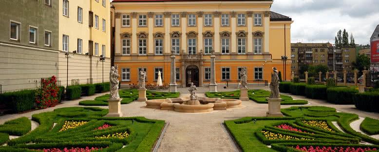 Saray Bahçeleri - Wroclaw