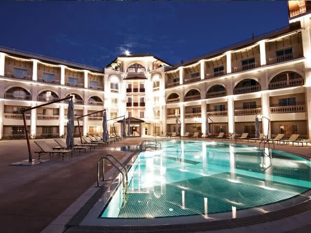 The Savoy Ottoman Palace Hotel - Havuz