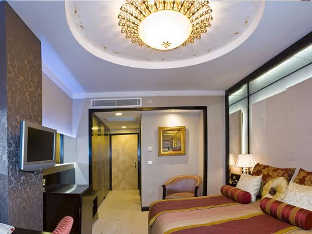 The Savoy Ottoman Palace Hotel - Oda