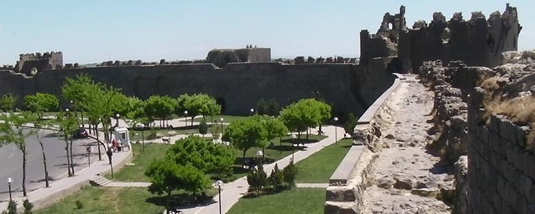 Şehir Surları - Diyarbakır