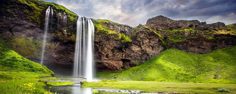 Şelaleler - Seljalandsfoss
