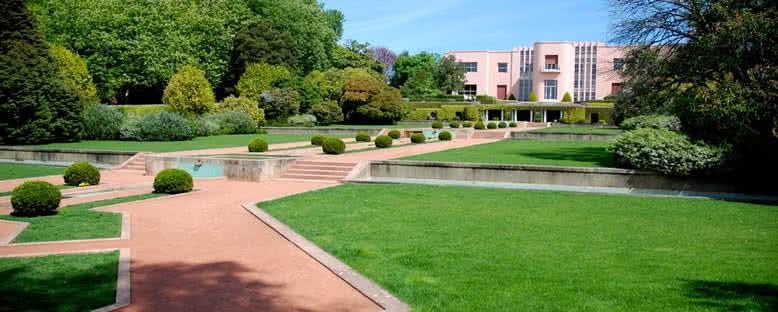 Serralves Müzesi ve Bahçeleri - Porto