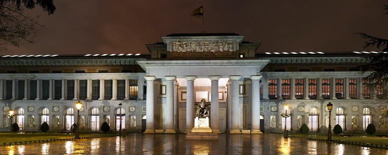 Prado Müzesi Gece Manzarası - Madrid