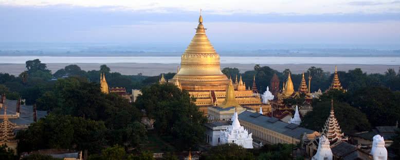 Shwezigon Pagoda - Bagan