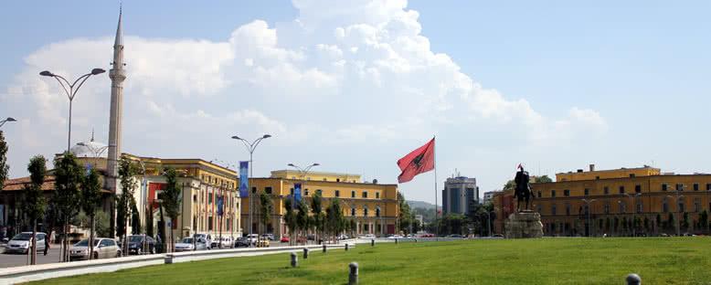 Skanderberg Meydanı - Tiran