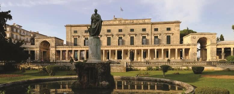 St. Michael ve St. George Sarayı - Korfu