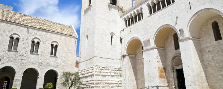 St. Nicholas Bazilikası - Bari