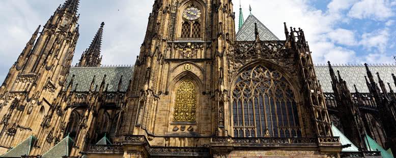 St. Vitus Katedrali İşlemeleri - Prag