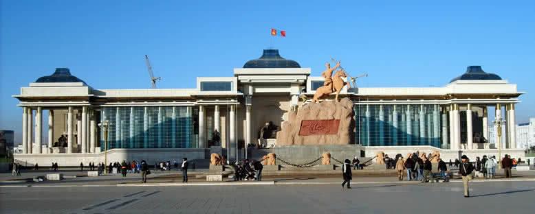 Sukhbaatar Meydanı - Ulan Bator