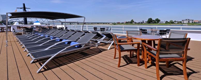 Sun Deck - Crucevita