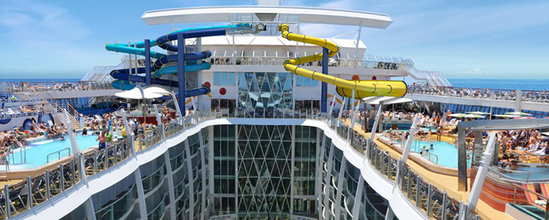 Sun Deck - Symphony of the Seas