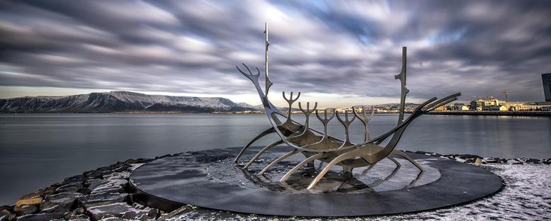 Sun Voyager Heykeli - Reykjavik