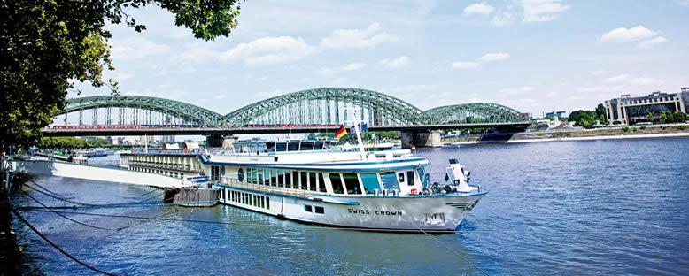 Swiss Crown ile Ren Nehri