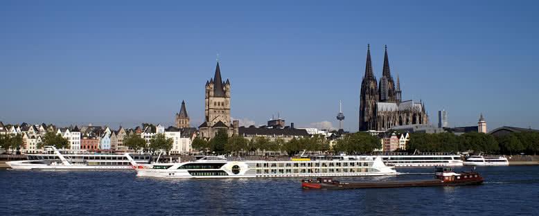 Swiss Tiara ile Ren Nehri Gemi Turu