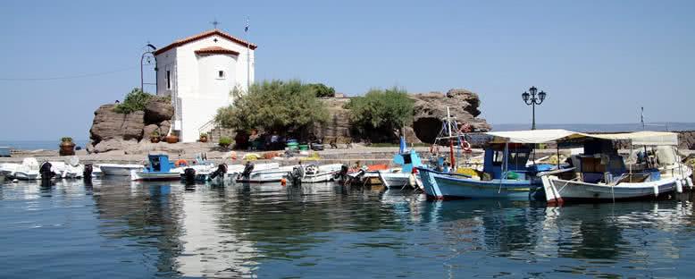 Tarihi Kilise - Midilli