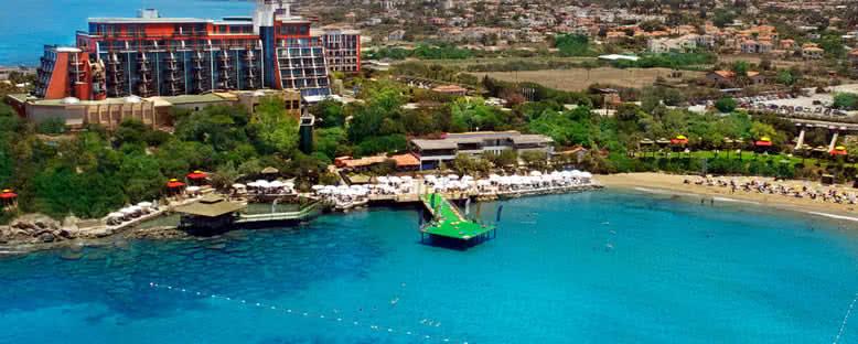 Tesis Görünümü - Merit Crystal Cove Hotel & Casino