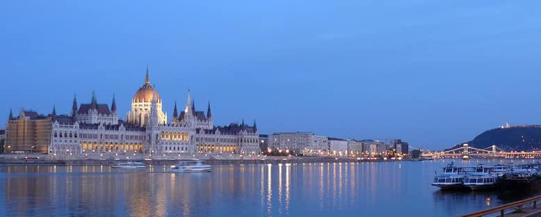 Tuna Nehri'ndan Manzara - Budapeşte