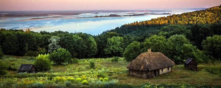 Ukrayna Köyleri ve Dinyeper