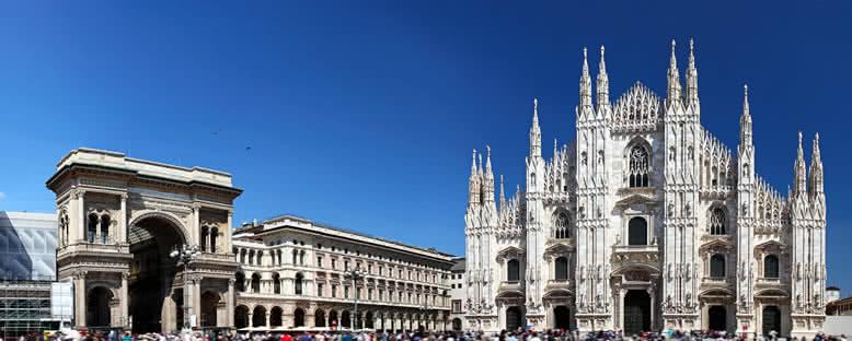Vittorio Emanuele II Galerisi ve Katedral - Milano