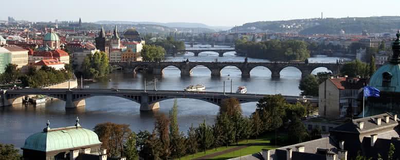 Vltava Nehri ve Köprüler - Prag