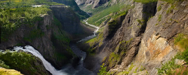 Voringsfossen Şelalesi - Norveç