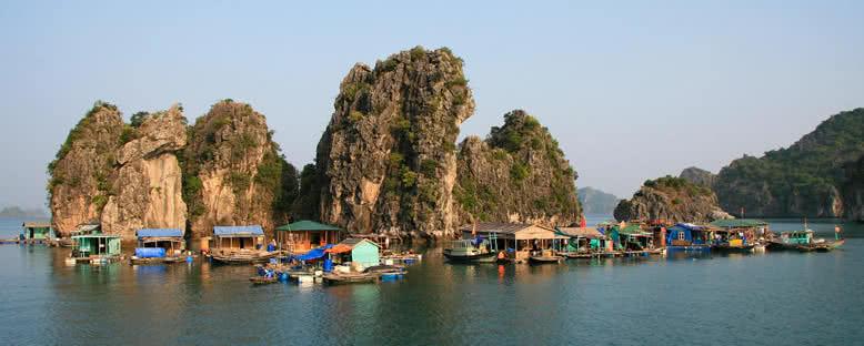 Yüzen Köy - Halong Bay