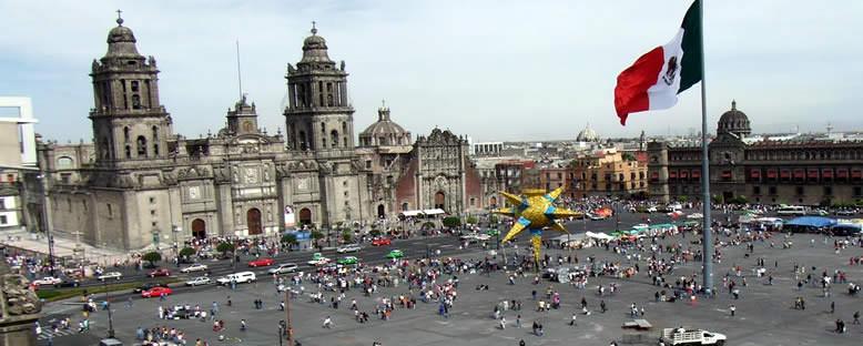 Zocalo (Anayasa Meydanı) - Mexico City